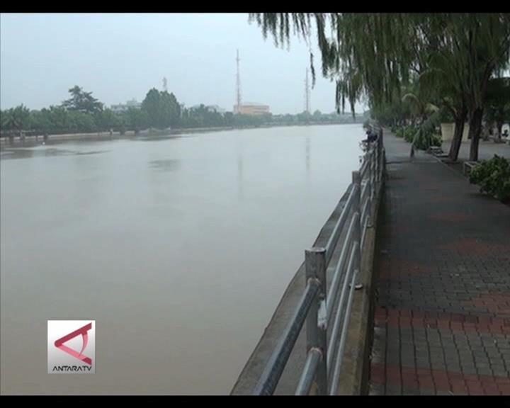 Jakarta Harus Benahi Toilet Dan Sungai Kumuh