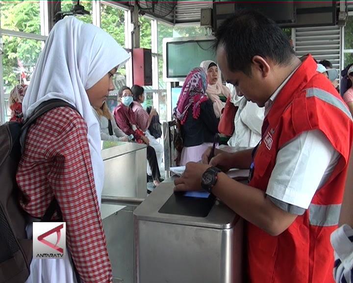 Pemegang KJP Gratis Naik Transjakarta