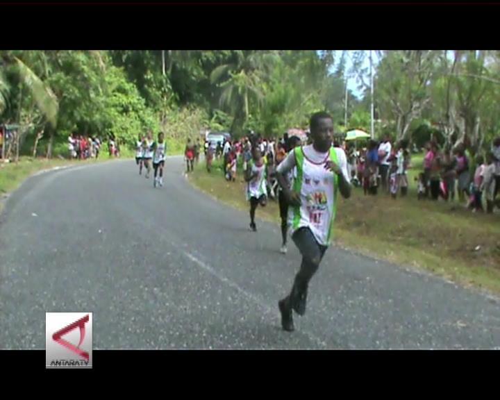 Lomba Lari 10 K Lintasi Dua Negara