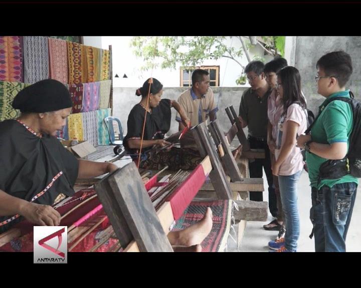 Pembuatan Kain Tenun, Magnet Wisata Lombok