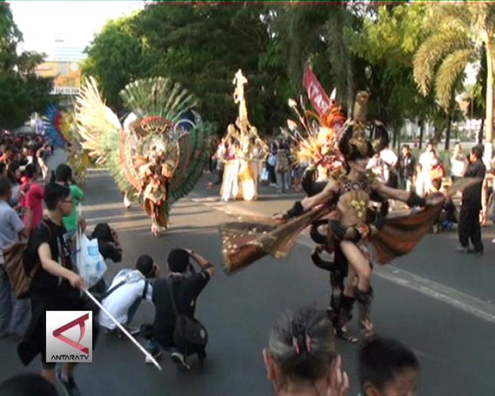 300 Model Semarakkan Fashion Carnaval Sulsel