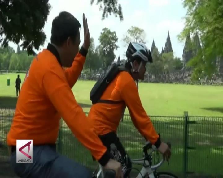 Sepeda Sehat di Candi Prambanan dan Boko