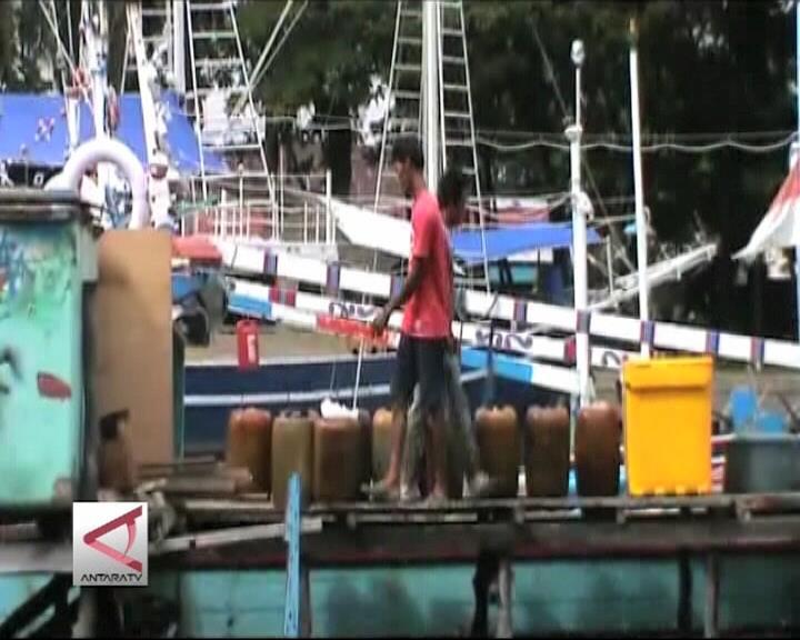 Harga BBM Turun Nelayan Terbantu