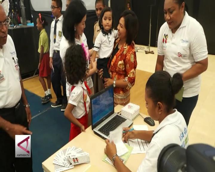 OJK Dukung Budaya Menabung Pelajar Papua