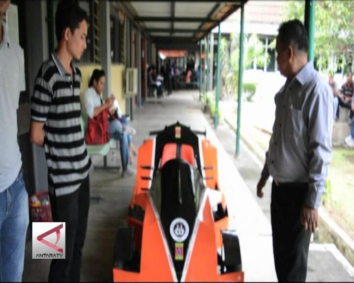 Mobil Listrik Karya Mahasiswa UNP Padang