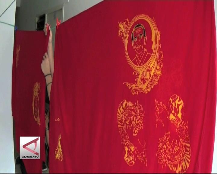 Sambut Imlek dengan Batik Motif Jokowi
