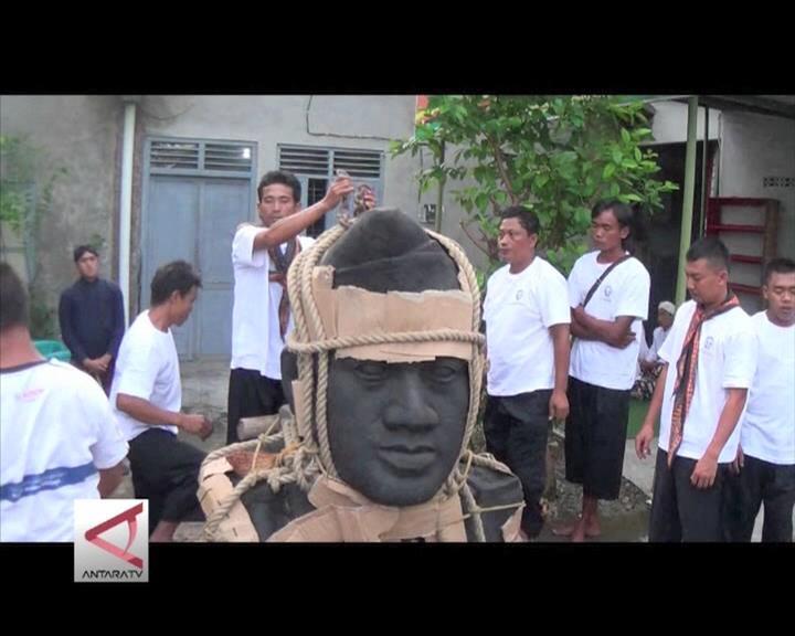 Patung Hamengku Buwono IX Pindah ke Keraton