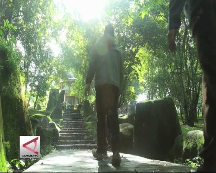 Jejak Kejayaan Palembang di Bukit Siguntang
