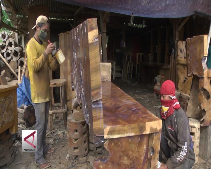 Bahan Furniture Dalam Negeri Perlu Dioptimalkan