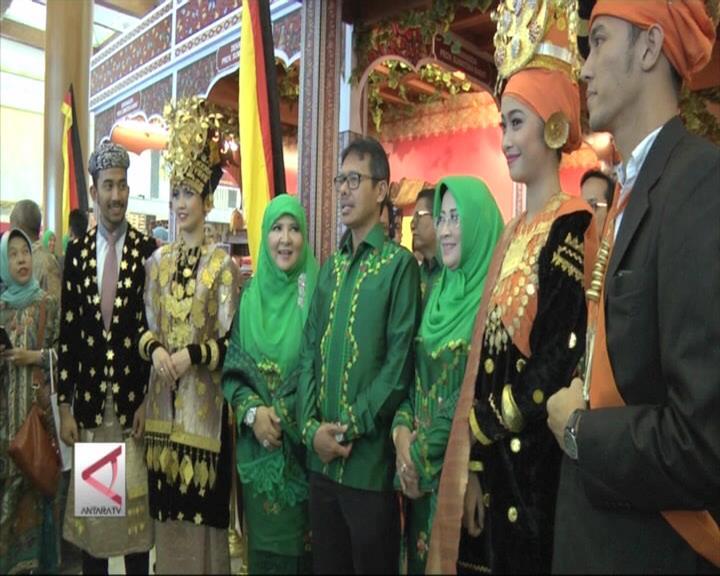 Kemegahan Budaya Minang di Inacraft 2016
