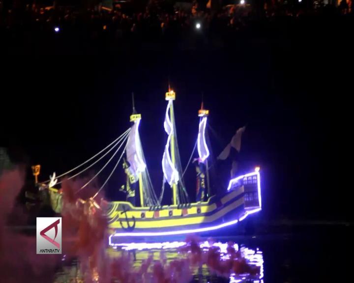 Kemeriahan Festival Banjir Kanal Barat