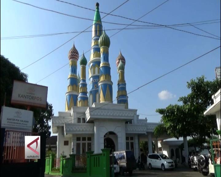 Singgah untuk Beribadah di Masjid 'Kremlin'
