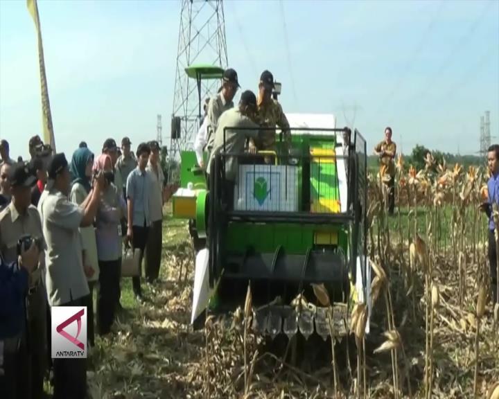 3 Alat Panen Baru Siap Diberikan Ke 500 Petani Indonesia