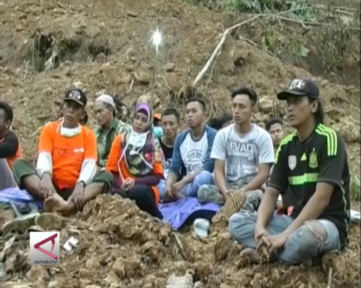 Doa Bersama di Lokasi Bencana Longsor Purworejo
