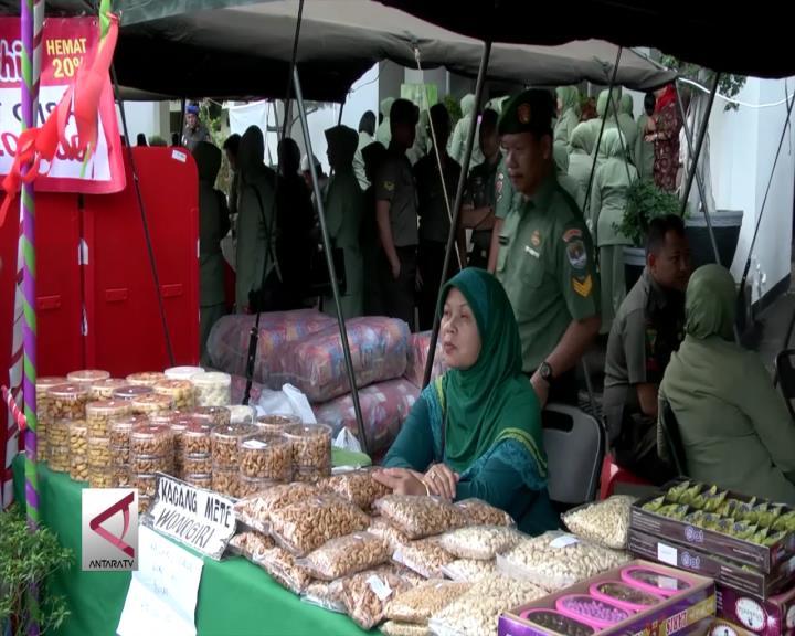 TNI AD Gelar Pasar Murah