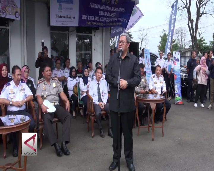 Gubernur Jabar Lepas Rombongan Mudik Gratis
