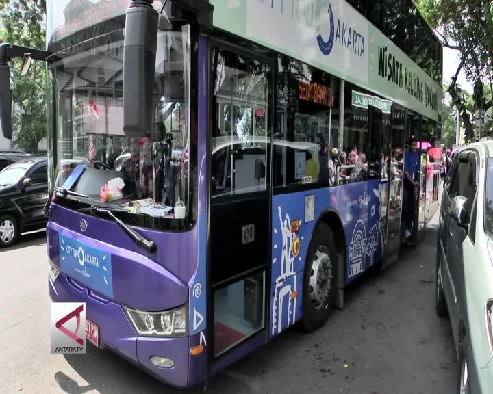 Berkeliling Jakarta Dengan Bus Tingkat