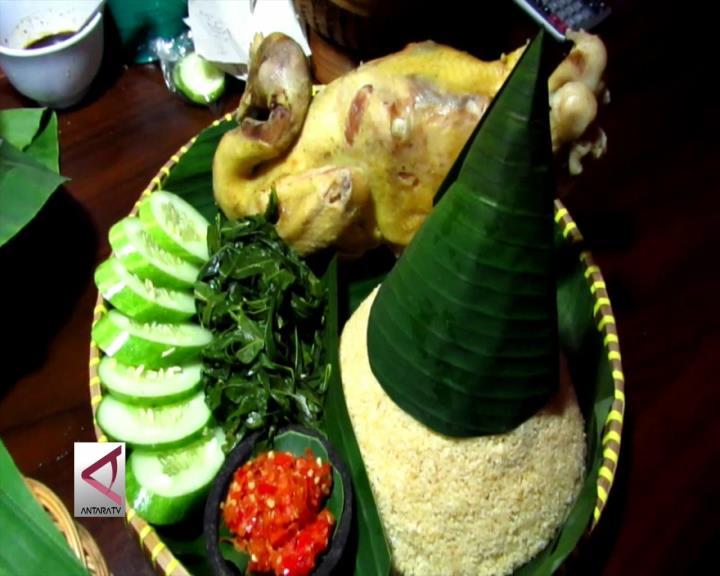 Ingkung Tiwul, Inovasi Menikmati Kuliner Desa