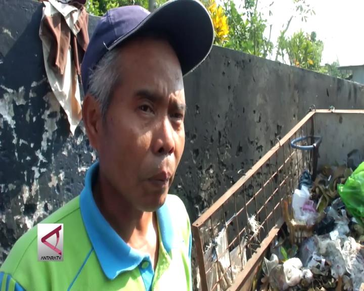 Tukang Sampah Naik Haji