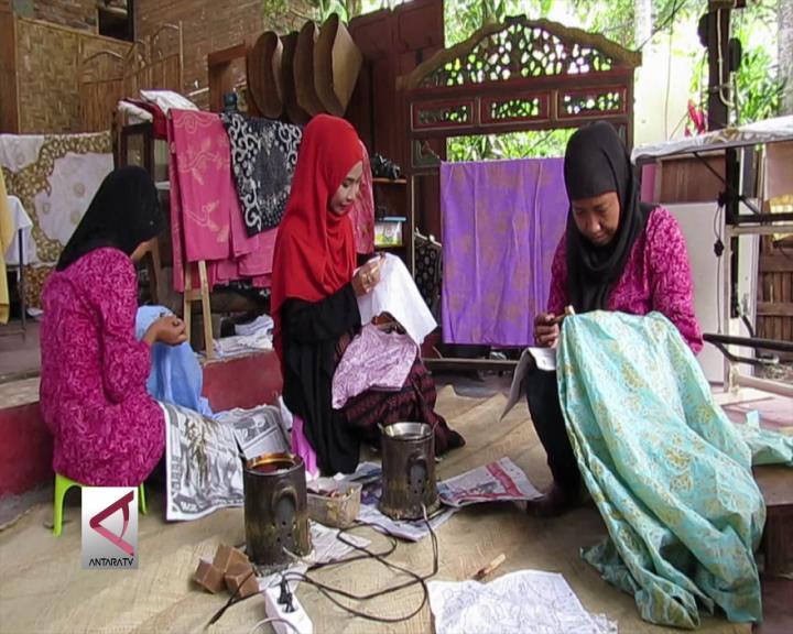 Batik Bermotif Cerita Sejarah Islam Nusantara