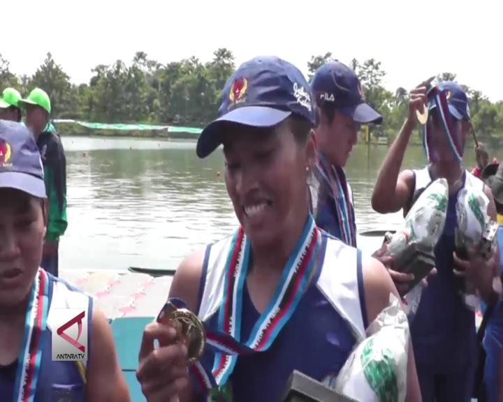 Kayak Beregu Putri Menambah Medali Emas Jabar