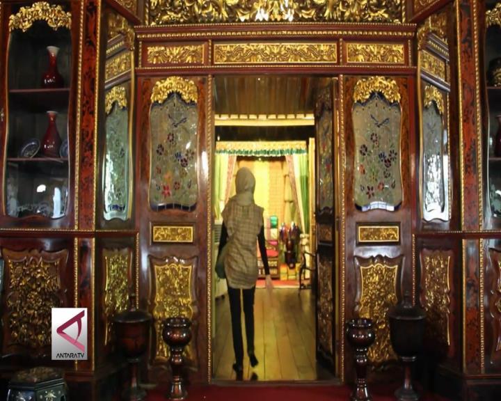 Menyelami Budaya Palembang di Rumah Limas Haji Aziz