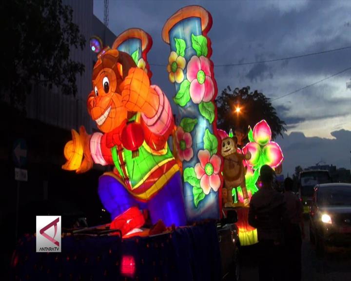 Festival Lampion dan Kue Bulan Meriahkan Pekanbaru