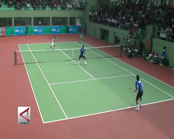 Atlet Tenis Jawa Timur Boyong Emas