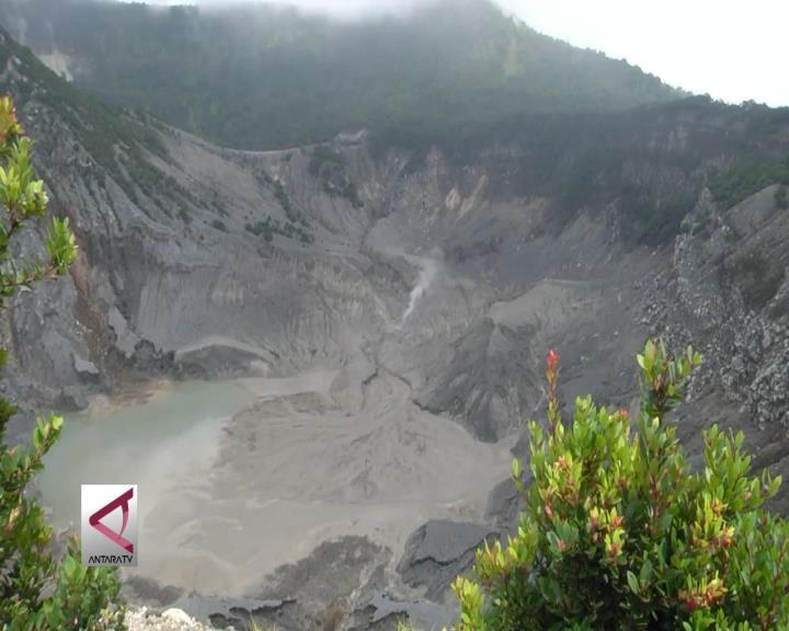 Tangkuban Parahu, Tempat Wisata Legendaris