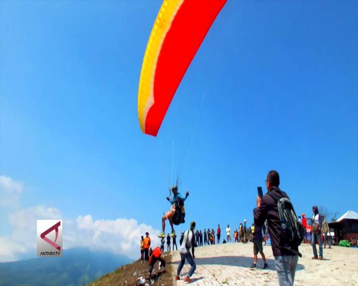 75 Atlet Paralayang Berlaga TROI IV Bondowoso