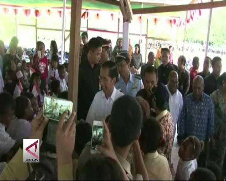 Presiden Hadiri Bakar Batu di Papua
