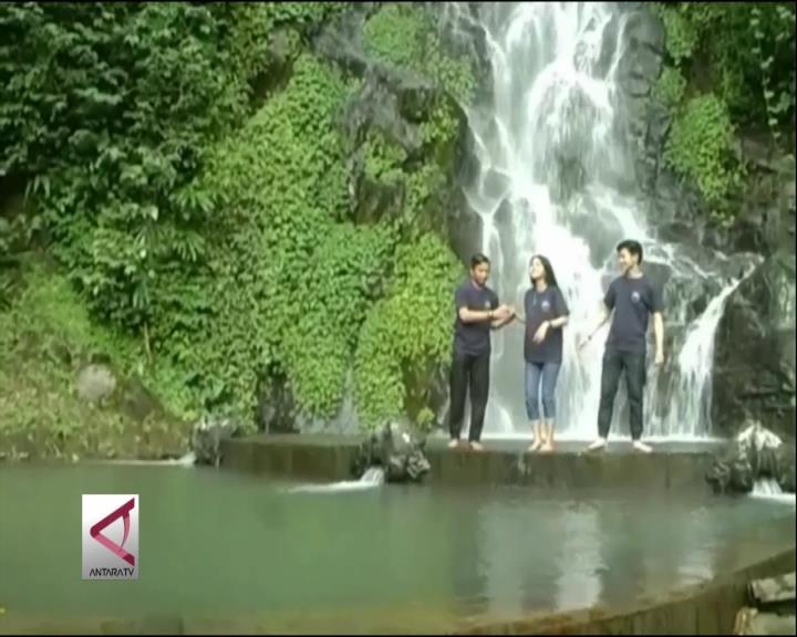 Menikmati Segarnya Air Terjun Awet Muda di Magelang