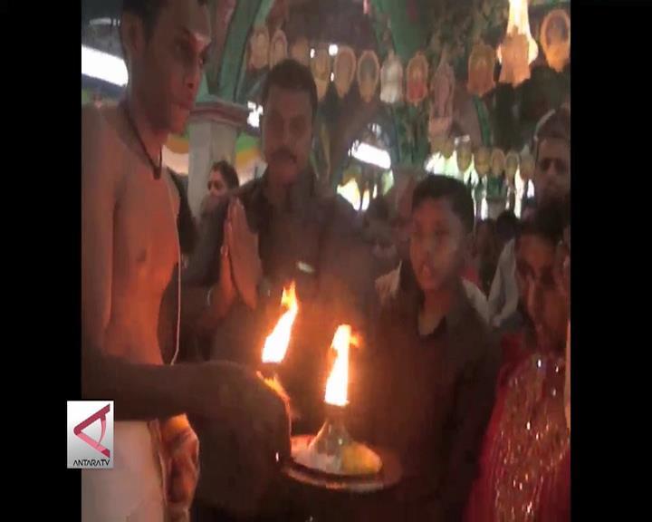Umat Hindu Medan Rayakan Dipawali