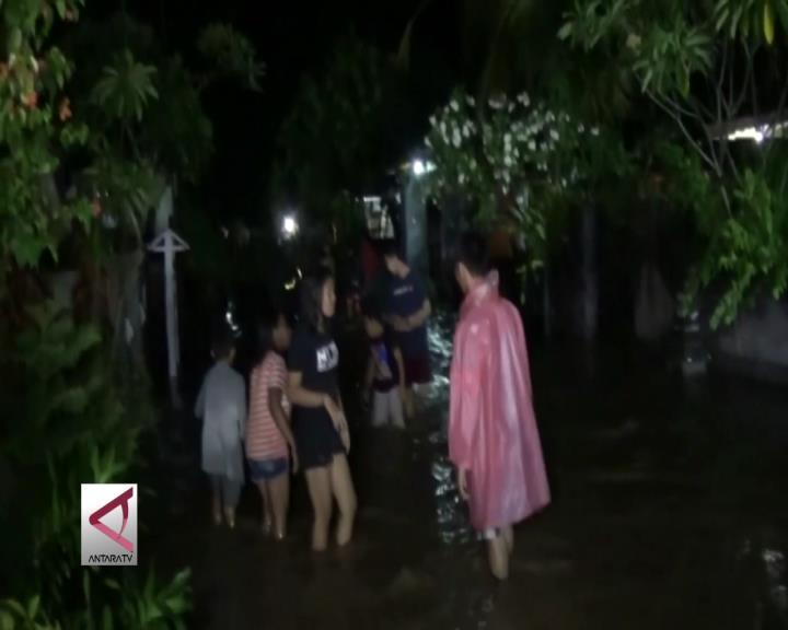 Ratusan Rumah di Jembrana Bali Terendam Banjir
