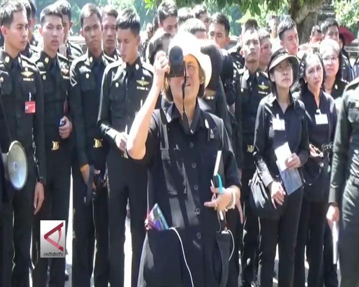 Putri Mahkota Thailand Kunjungi Candi Prambanan