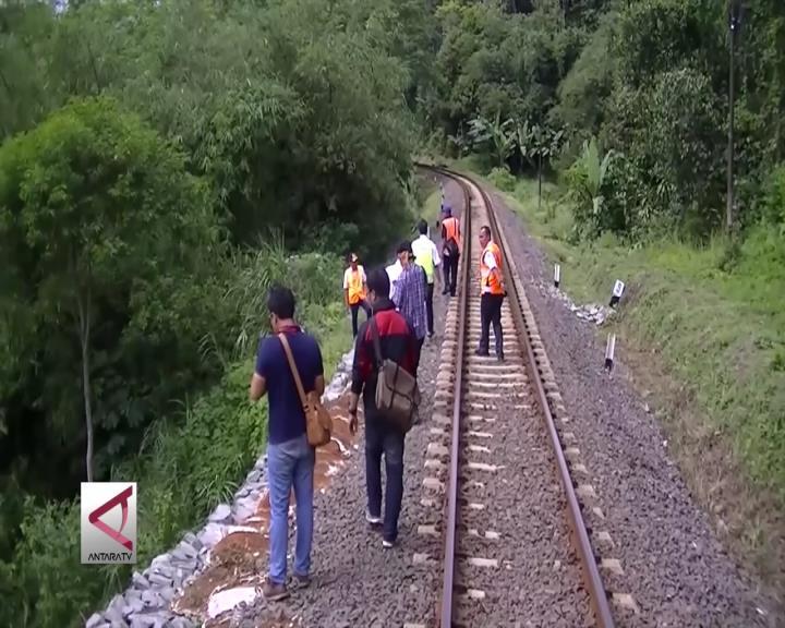 PT KAI Tinjau Jalur Kereta Bogor-Sukabumi
