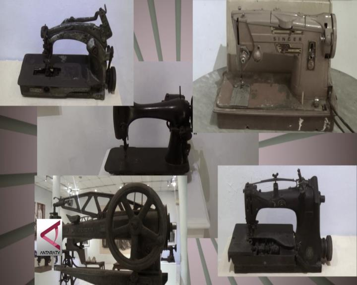 Menilik Sejarah Mode dari Mesin Jahit