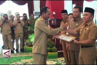 Gubernur Kalteng Serahkan DIPA APBN 13 Kabupaten 1 Kota