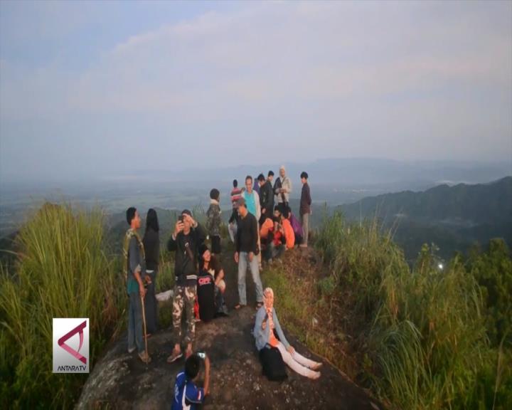 Gunung Ijo, Spot Sunrise Terindah di Purworejo