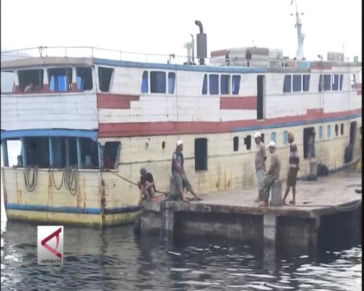 Cuaca Buruk, Pelabuhan di Ternate Ditutup