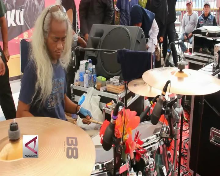 Kunto Hartono Pecahkan Rekor Dunia Tabuh Drum Nonstop
