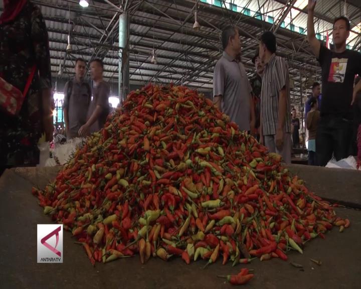 Harga Cabai di Pasar Kramat Jati Masih Belum Stabil