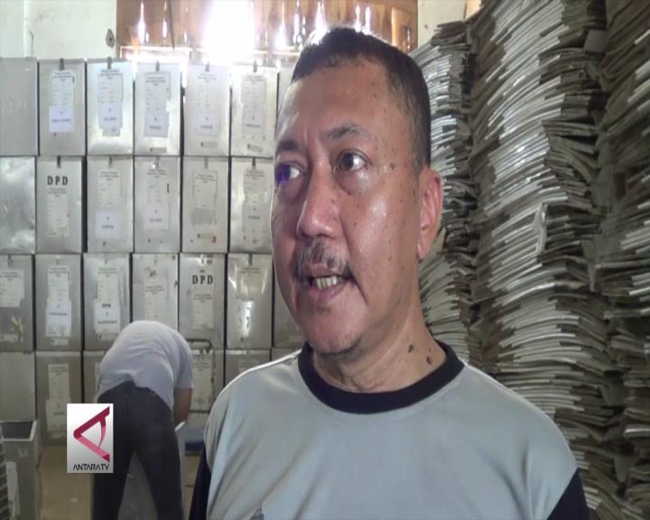 KPU Sortir Kotak Suara Rusak Pilkada Banten