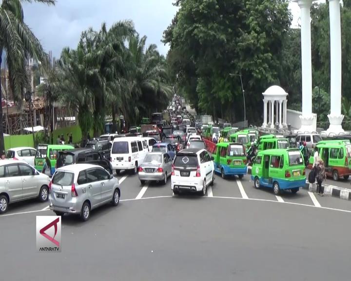 Pemkot Bogor Kurangi Angkot di Pusat Kota