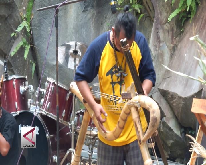 Makarya, Lestarikan Budaya dan Kenalkan Potensi Desa