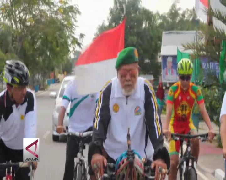 Bersepeda Keliling Indonesia untuk Lestarikan Hutan