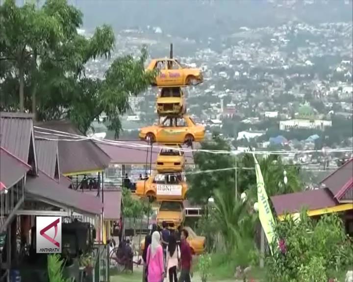 """""""Sate Mobil"""" Destinasi Wisata Unik di Palu"""
