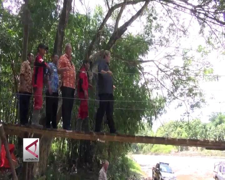 Pemprov Siapkan 600 Jembatan Gantung