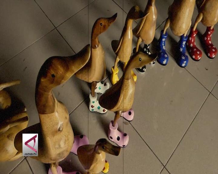 Bebek Bersepatu Diminati Pasar Eropa