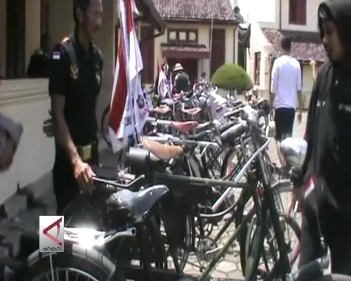 Penggemar Sepeda Tua Gelar Kongres Nasional